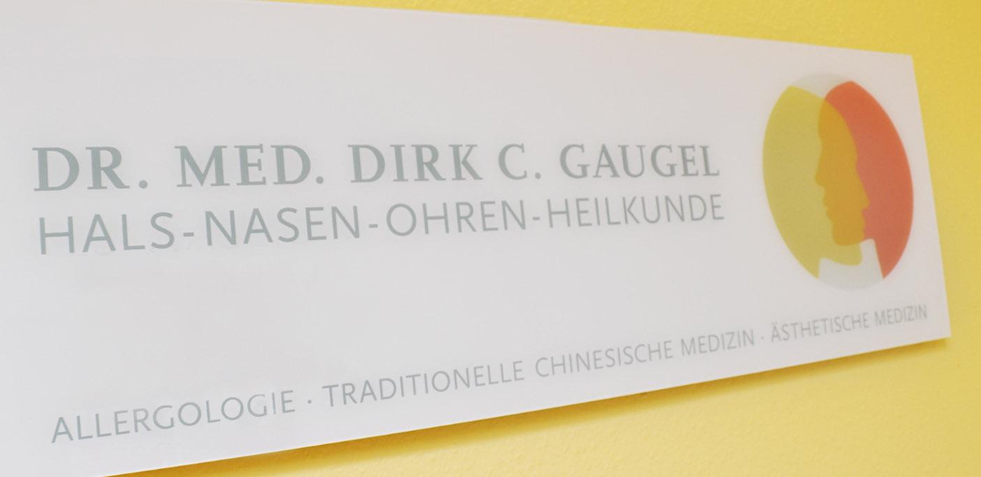 praxisdrgaugel_schild-1405x683